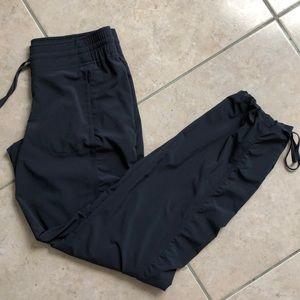 New ATHLETA studio pants in gray size 4